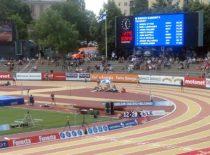 Tulostaulu Paavo Nurmen stadionilla